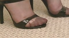 FF STOCKINGS IN HIGH HEELS SANDALS