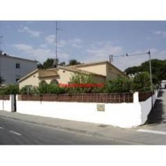 L 'Escala: HOUSE / VILLA WITH GARDEN 6/9 people - HUTG024471